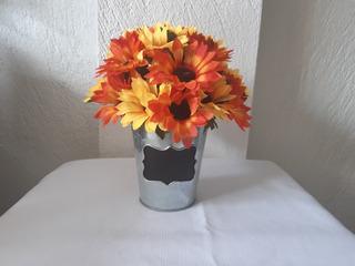 Arreglo Floral Artificial.