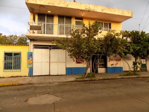 Imagen 1 de 28 de Casa Con Local En Venta
