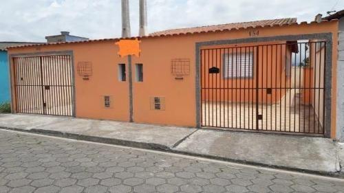 Imagem 1 de 4 de Casa Com Suíte No Bairro Bordignon, Em Itanhaém - 7816