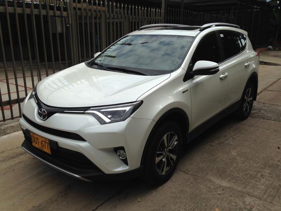 Toyota Rav4 - Aut - 4x2 - 2500 Cc - Blanco Perlado