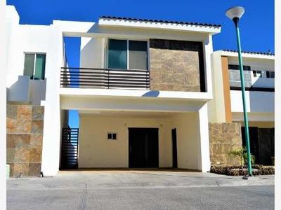Casa Sola En Venta Residencial Portalessa