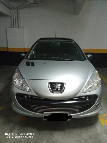 Peugeot 207 2010 1.4 Quiksilver Flex 5p