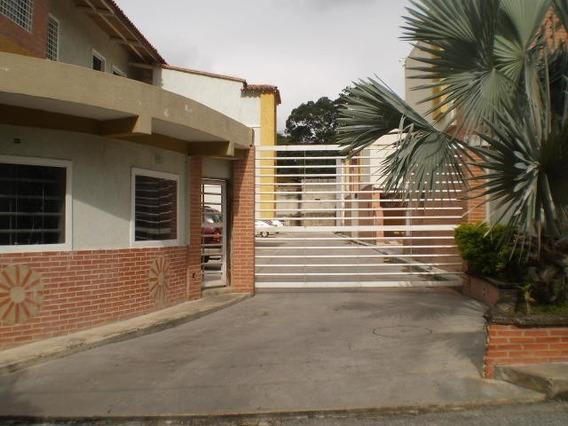 Apartamento En Venta Urb Privada El Limon/ 19-17585 Wjo