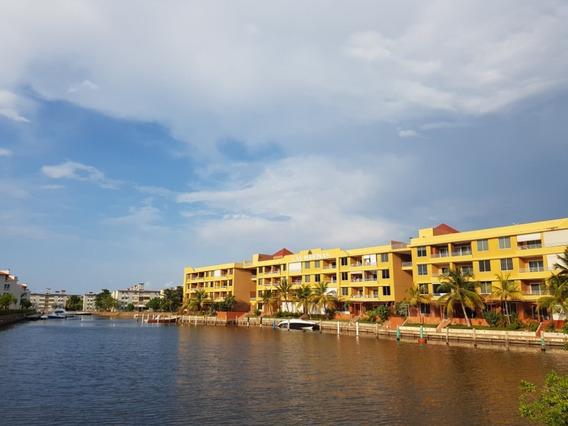 Las Marinas - Apartamento / Se Vende / Lecheria.