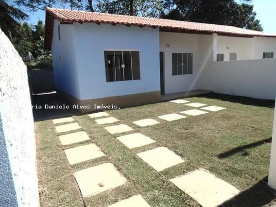 Casa Para Venda Em Queimados, Centro, 2 Dormitórios, 1 Banheiro, 2 Vagas - 0001_2-738244
