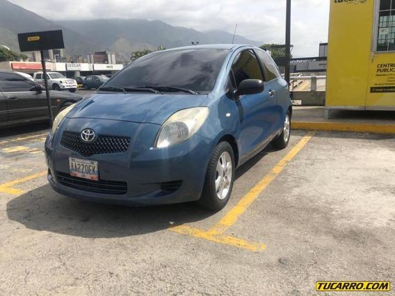 Toyota Yaris Sport-sincronico