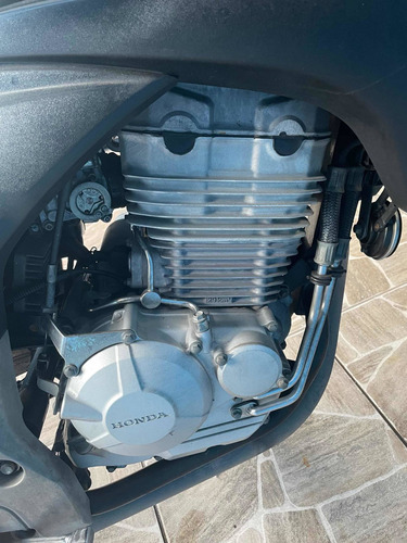 Imagem 1 de 10 de Honda Cb300