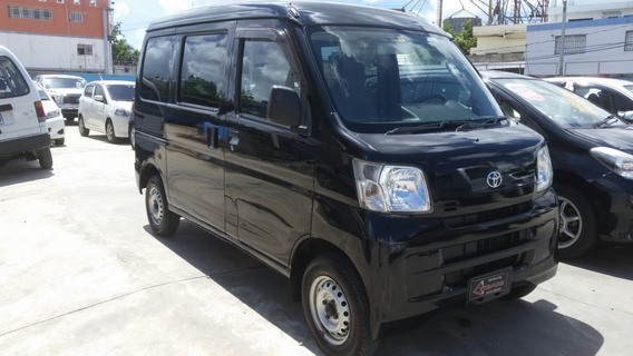 Toyota Hiace Inicial 170
