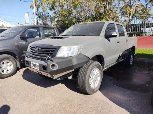 Toyota Hilux 4x4 Srv 3.0 Mt