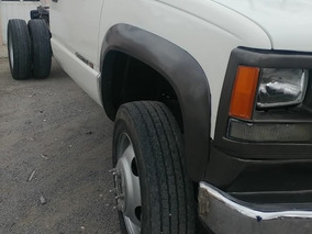 Chevrolet 3500 Heavy Duty 2002 A Gas