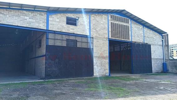 Galpones En Alquiler La Victoria Inmobiliaragua 20-20405