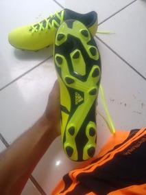 Chuteira adidas® Original!