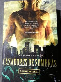 Libro Cazadores De Sombras. Ciudad De Ceniza