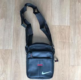 83a40aa74 Bolsinha Nike Masculina - Calçados, Roupas e Bolsas no Mercado Livre ...
