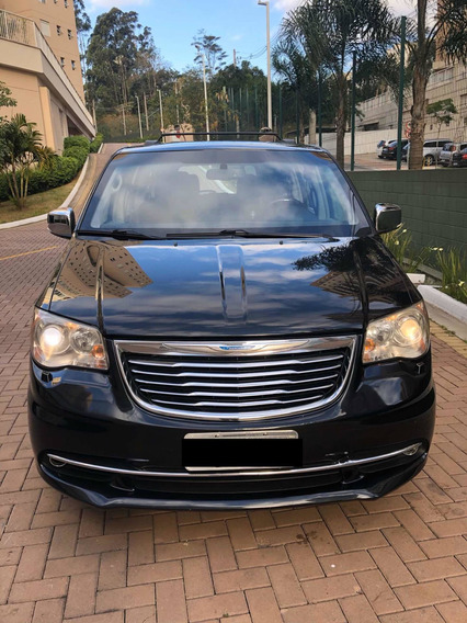 Chrysler Town & Country 3.6 Limited 5p 2014