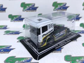 Caminhão Scania Pioneer Bridgestone Mapfre Vdo Guisval 1/87
