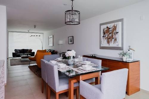Se Vende Casa En San Mateo Atenco, A Una Cuadra De Metepec
