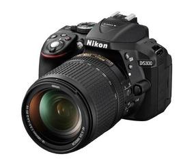 Camera Nikon D5300 Lente 18-55mm
