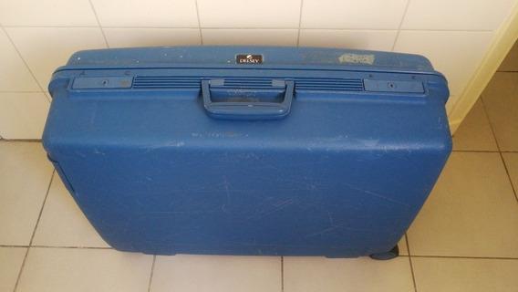 Valija Delsey Eeuu Plastico Reforzado Dos Ruedas 64x20x49 Cm