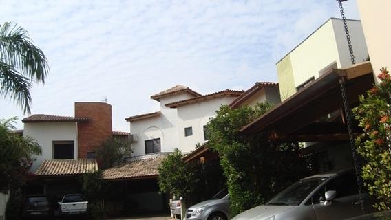 Belo Casa Em Condomínio, 3 Suites, 2 Salas, Cozinha E Lavanderia 1 Lavabo, Churrasqueira 2 Casadas E 2 Vagas De Garagem Coberta. - 1163