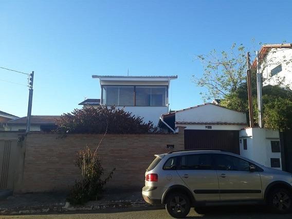 Casa Com 3 Quartos Para Comprar No Jardim Amaryllis Em Poços De Caldas/mg - 2768