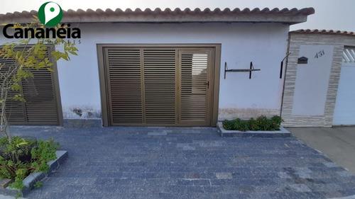 Imagem 1 de 30 de Casa 1 Dormitório Com Garagem Coberta - Locação - Cananéia / Sp - 0226 - 32622401