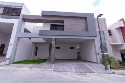 Casa En Venta En Carretera Nacional Catujanes Monterrey Nl