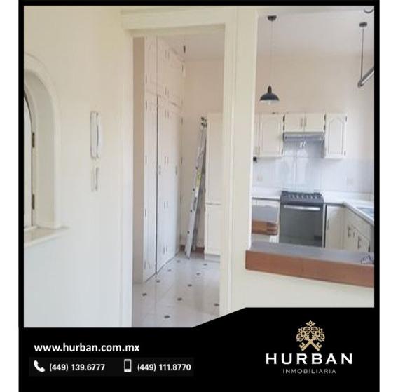 Hurban Vende Casa En El Fraccionamiento Campestre.