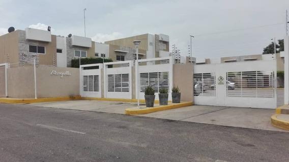 Townhouse Alquiler Las Islas Maracaibo Api 4317