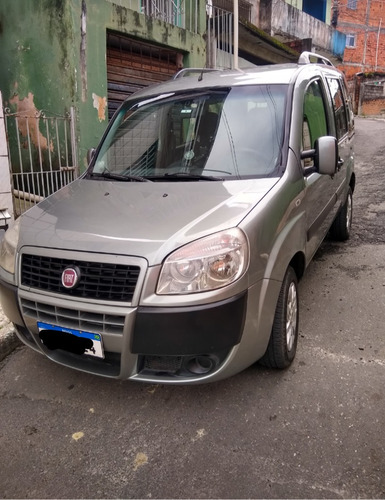 Fiat Doblo 2014 1.8 16v Essence Flex 5p