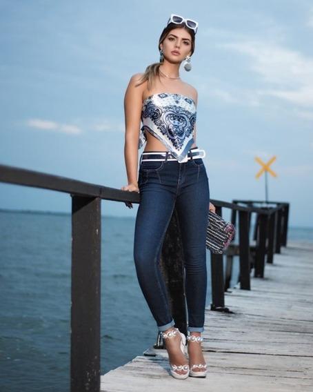 Calça Jeans Skinny Cintura Alta
