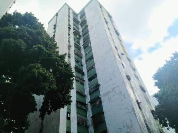 Apartamento En Venta En El Valle Rent A House Tubieninmuebles Mls 20-7300