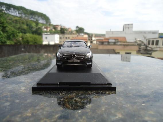 Miniatura De Veiculo Mercedes Benz Cls Sb Escala 1;43