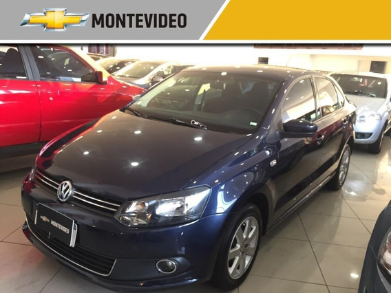 Volkswagen Polo Extra Full 2015
