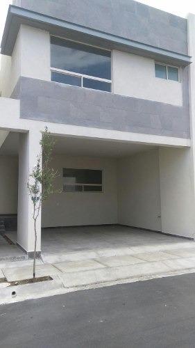 Casa En Renta En Cumbres Fraccionamiento Crisanto Mty Nl   Casa En Renta