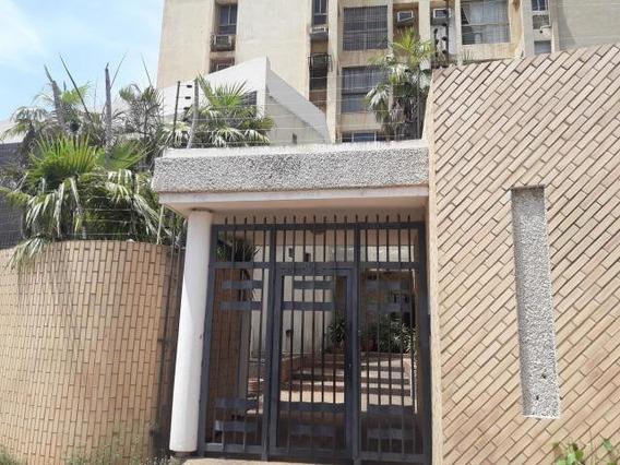 Apartamentos En Venta. Morvalys Morales Mls #20-4561