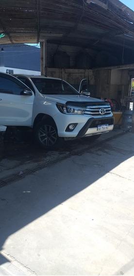 Toyota Hilux 2.8 Cd Limited 177cv 4x4 2017