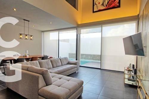 Casa En Venta En Cancun En Residencial Aqua Con 3 Recamaras