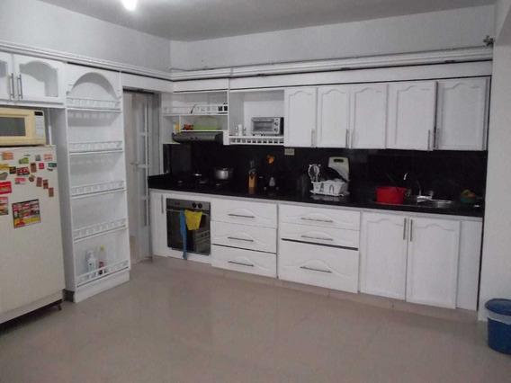 Casa En Venta En Calasanz Medellin