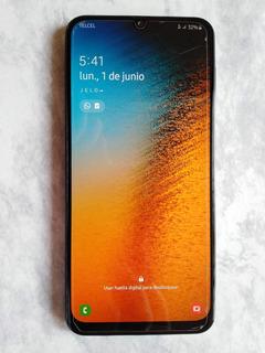 Samsung Galaxy A30 32 Gb Estética 9