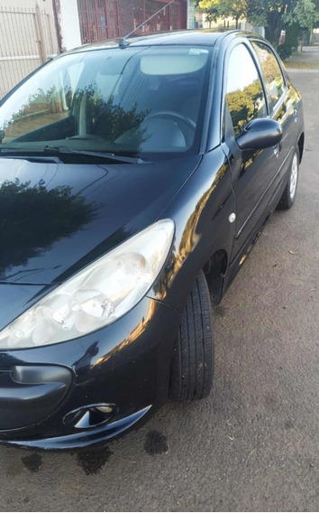 Peugeot 207 1.4 Xr Flex 5p 2010