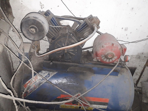Imagem 1 de 5 de Cabine De Jateamento Com Compressor