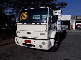 Ford Cargo 1517 Carroceira