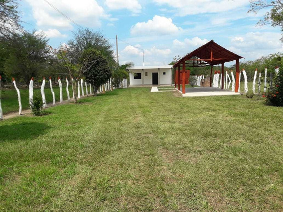 Casa De Campo En Ranchería La Palma Cerca Apto.