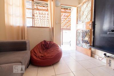 Casa Com 2 Dormitórios E 2 Garagens - Id: 892917065 - 217065