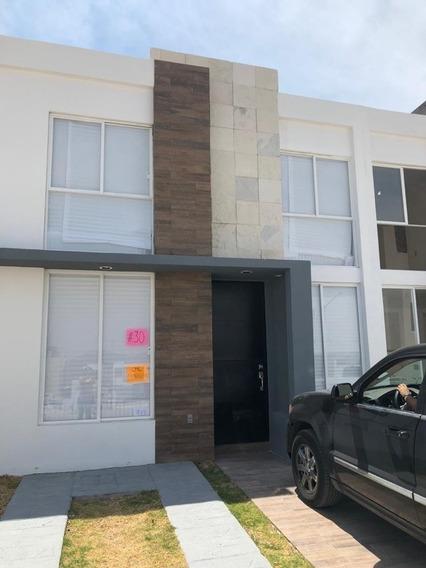 Hermosa Casa A Estrenar En San Isidro Juriquilla
