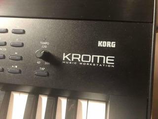 Piano Korg Krome (negociable) Urge!