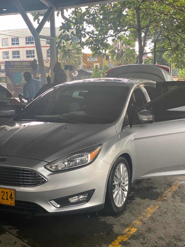 Ford Focus 2015 2.0 Titanium