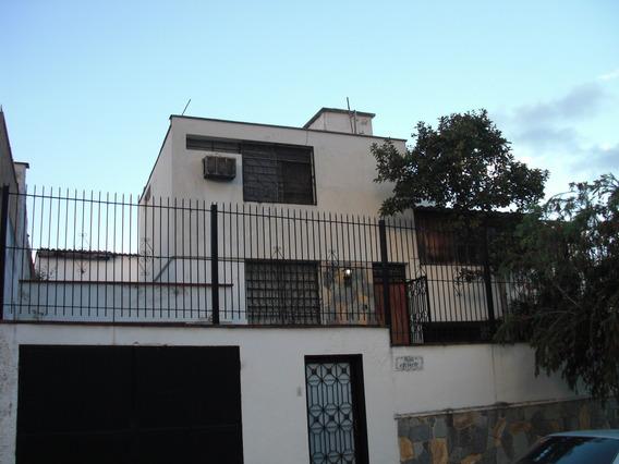 Se Vende Casa 274m2 4h+s/3b+s/2p Tzas Las Acacias