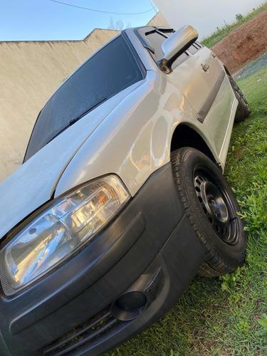 Imagem 1 de 8 de Volkswagen Gol 2008 1.0 Trend Total Flex 5p